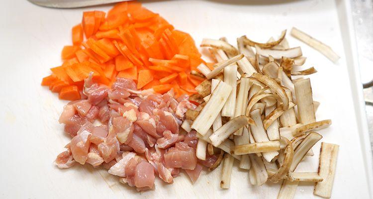 ひじきと鶏肉の炊き込みご飯レシピ